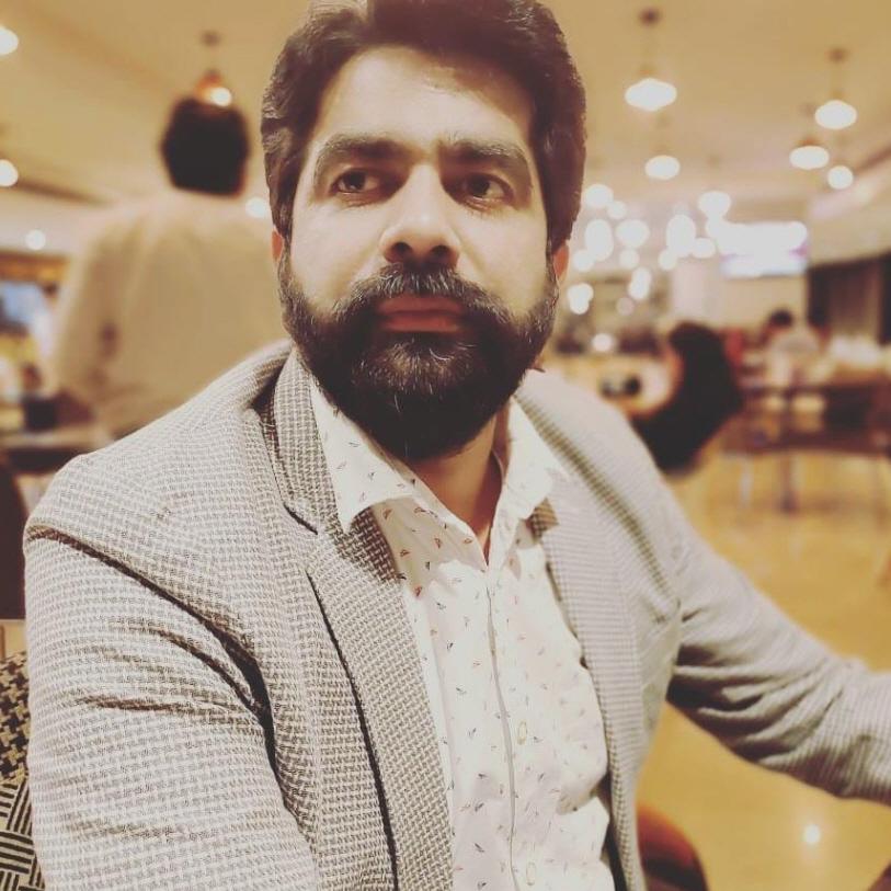 Nitesh Manav BloggingDude